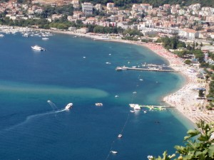 Slovenska_Beach_in_Budva-300x225